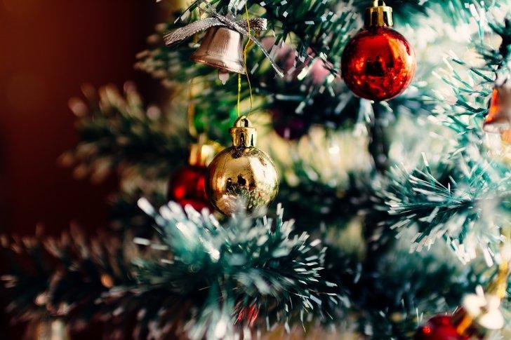 Новогодние поздравления клиентам в стихах и прозе