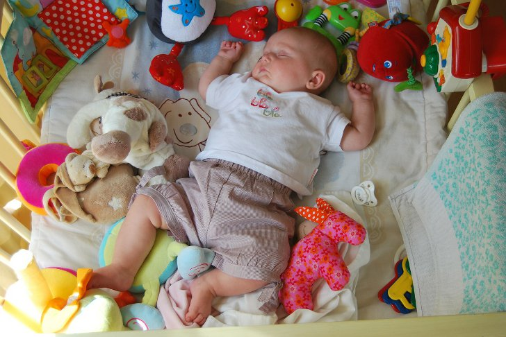 отселение малыша в свою кровать рейтинг
