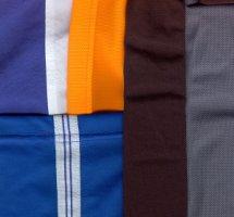 С чем сочетать синий цвет в одежде