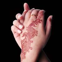 Роспись по телу хной - мехенди