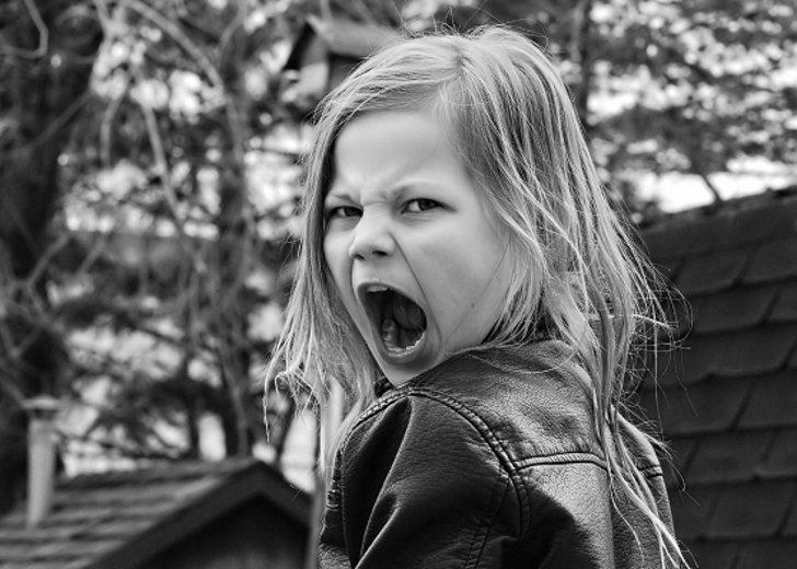 Перепады настроения во время менструации: как с ними бороться?