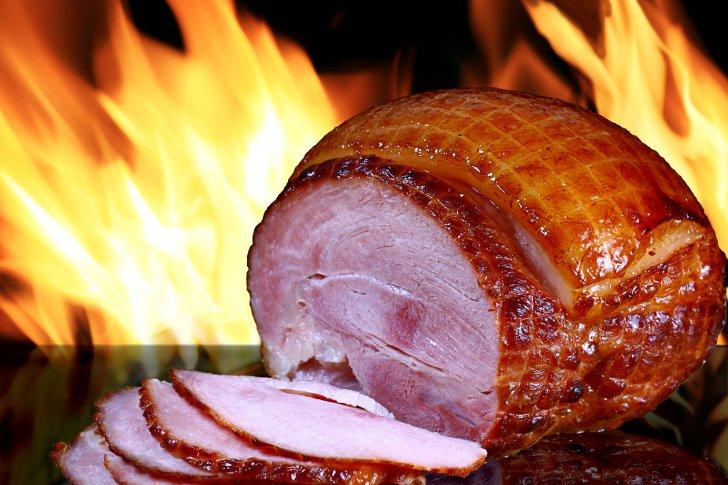 Рецепты новогодних блюд: буженина в фольге