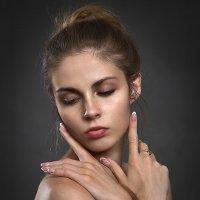 Как с помощью макияжа сделать лицо худее фото 170