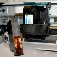 как самому заправить катриджи струного принтера hp 135:
