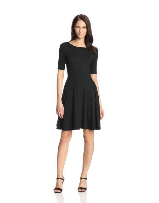 Модные маленькие черные платья