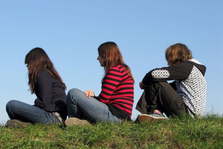 где можно найти друзей для знакомства