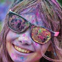 Фестиваль красок «Ирис» в Москве